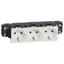 Блок розеток электрических MOSAIC Legrand 3хSchuko стандарт (16А, 250В, автоматические клемы) 6мод, белый, в короб (077403)