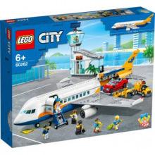 Конструктор LEGO City Пасажирский самолет (60262)