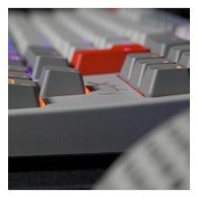 Ігрова клавіатура Xtrfy K4 TKL RGB Kailh Red Ukr-Ru, Retro (XG-K4-RGB-TKL-RETRO-RUKR)